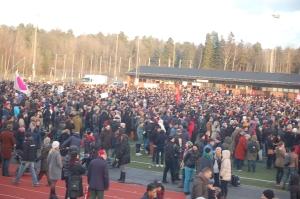 De våldsamheter som skedde i Kärrtorp under december 2013 utmynnade slutligen i en enorm antirasistisk sammanslutning i Kärrtorp den 22:a december 2013.