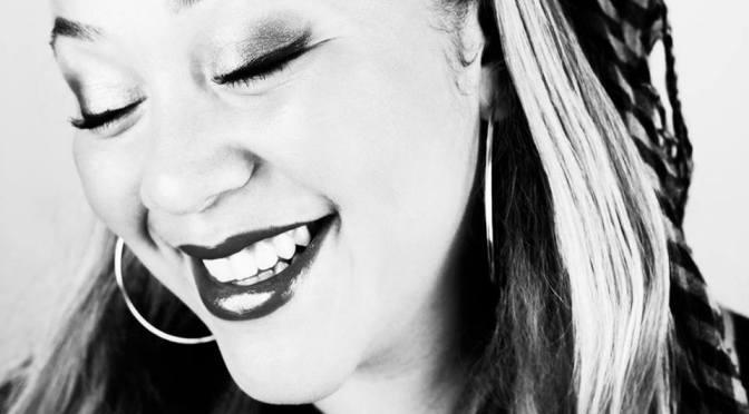 Aminatahs Musikresa – del 21: Att ta över världen