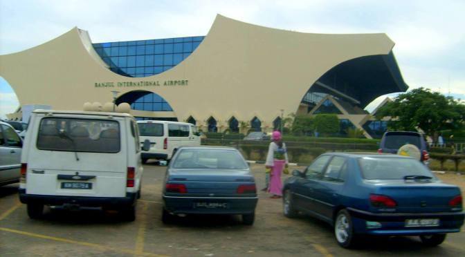 UPPDATERAD: Misstänkt beväpnad militärkupp i Gambia – Flygplatsen stängd