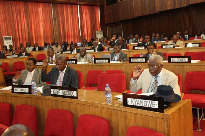 Kongos val flyttas till 2018 – FN varnar för riskfyllt läge