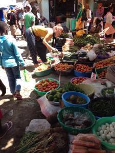 Julia på marknaden