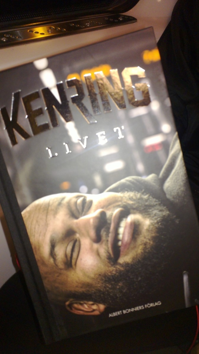 Recension: Ken Rings bok Livet