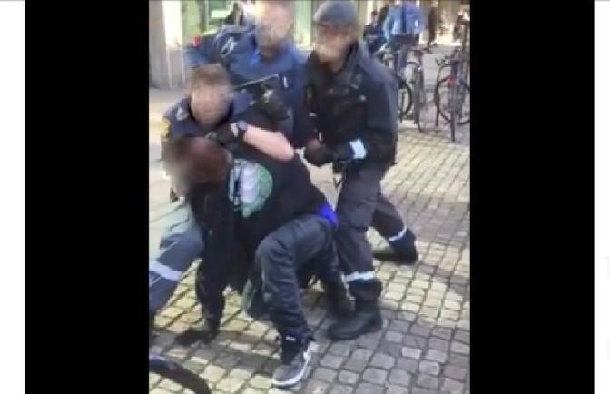 Afrosvensk man slagen och nedbrottad av ordningsvakter i Göteborg