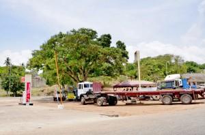 Bensinstation i Ghana. Foto: Ben Sutherland