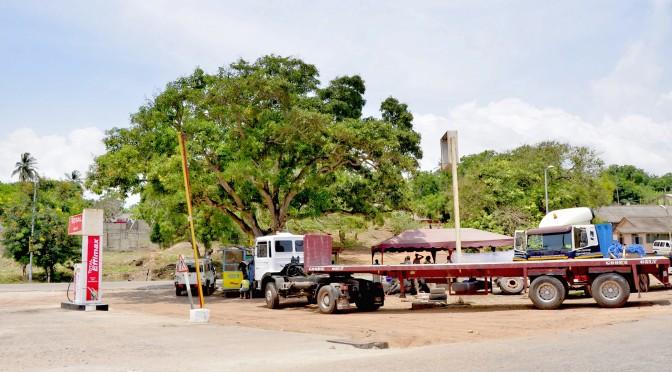 Dödlig explosion på bensinstation i Ghana