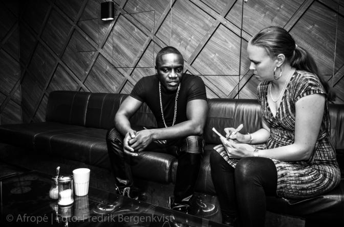 Afropé träffar Akon – stor stjärna med stort hjärta