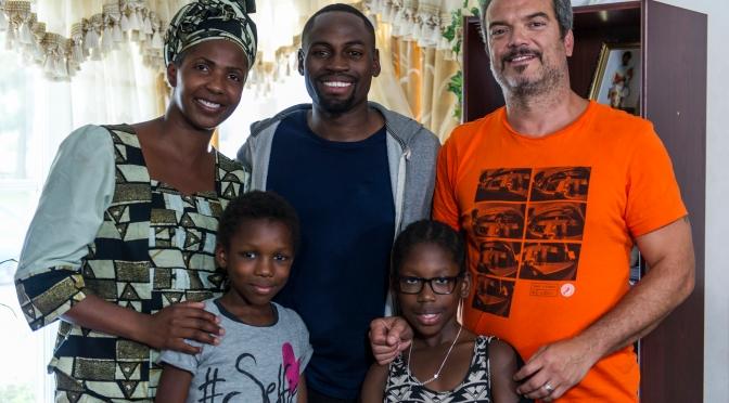 "Afropé i samtal med David Nzinga om hans senaste film – ""Kluven Dröm"""