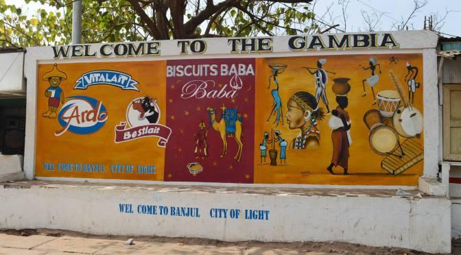 Kvinnlig könsstympning förbjuds i Gambia