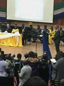 WHO Rep declaring Sierra Leone Ebola Free Foto: Aminata Dumbuya