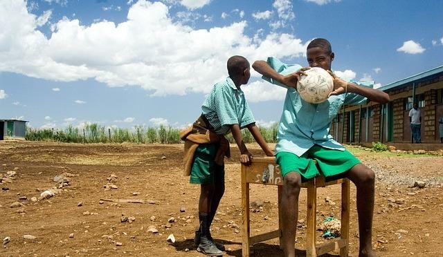 Textmeddelanden utbildar i Kenya