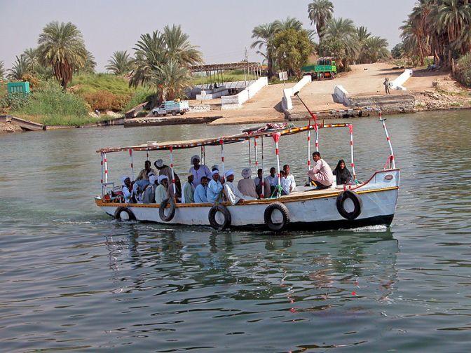 Minst 15 döda i färjeolycka i Egypten