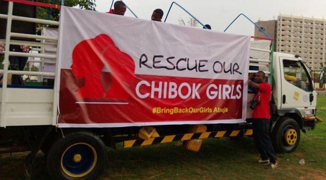 Nigerias president vill förhandla med Boko Haram om kidnappade skolflickor