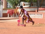 Flickan på bilden har ingenting med texten att göra Foto: Fatou Touray, Afropé