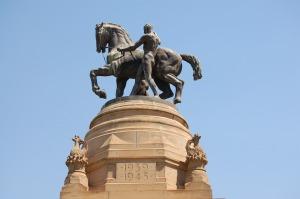 Staty utanför parlamentet i Pretoria Foto: Pixabay
