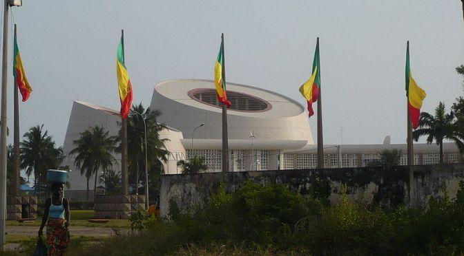 Presidentvalet i Benin uppskjutet på grund av distributionsproblem