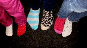 Rockande sockor - Foto: Afropé|Kiqi D Minteh