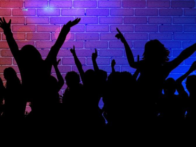 Krog- och nattklubbsbranschens rasistiska strukturer måste ifrågasättas på riktigt