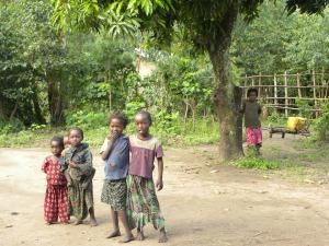 Barn i fattigdom i Etiopien - Bild: Pixabay