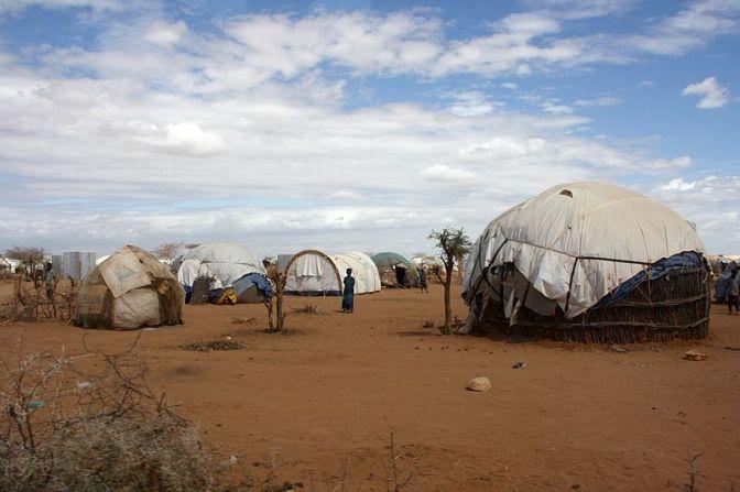 Kenya stänger ett av världens största flyktingläger