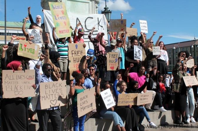 """Afropé på """"Black Lives Matter""""-manifestationer i Stockholm och Göteborg"""