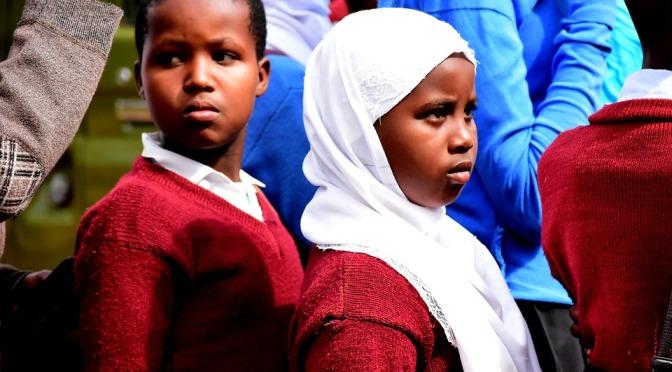 Lagändringar i Tanzania för att minska antalet barnäktenskap