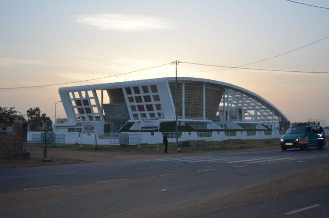 Gambia går till val