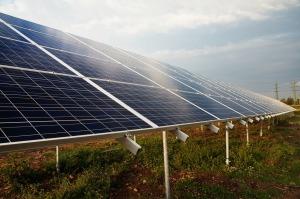 Solceller är en del av projektet att göra Marockos moskéer grönare. Foto: Pixabay