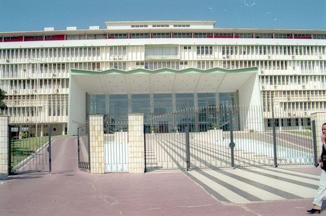 Senegalesisk politik öppnas upp för landsmän i diasporan