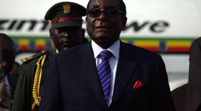 Maktkamp mellan Zimbabwes Mugabe och ny oppositionsallians